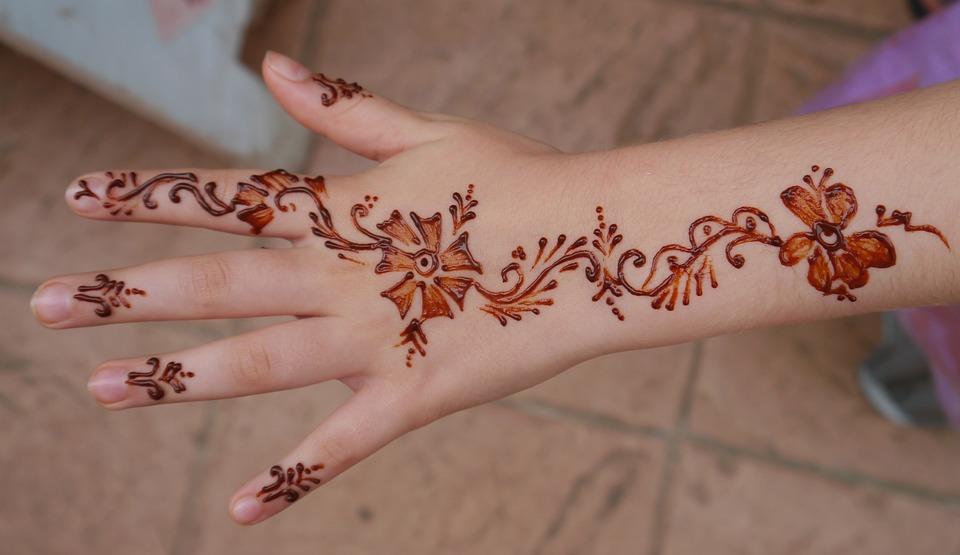 Henna Tangan Gadis Foto Gratis Di Pixabay