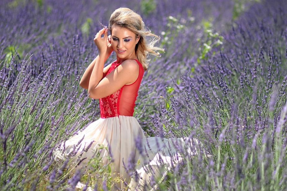 Girl, Lavender, Mov, Blonde, Dress, Beauty, Flowers