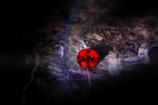 Ученые: На самой горячей экзопланете в космосе идут рубиновые дожди