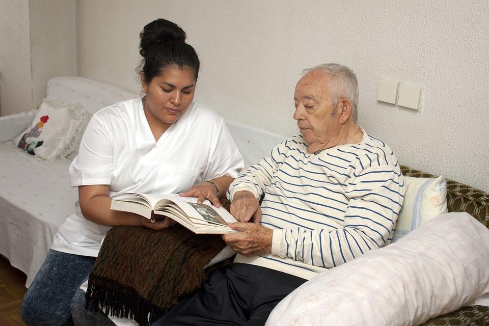 高齢者, 第三紀, 看護, 家族の支援, 依存性, 老人, アルツハイマー病