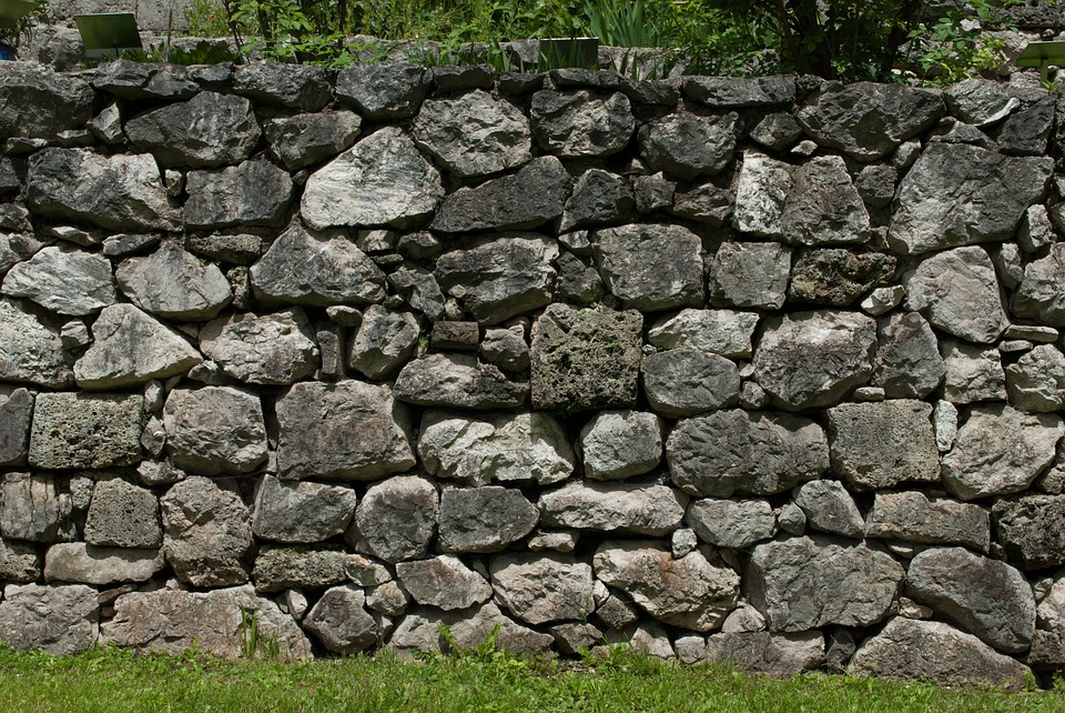 Bakstenen Muur Tuin : Stenen muur tuin de gratis foto op pixabay