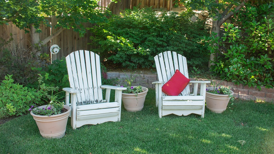 backyard chairs leisure garden yard summer patio & Backyard Chairs Leisure · Free photo on Pixabay