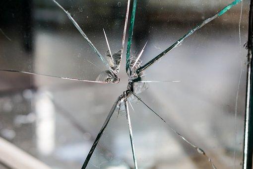 Glass Broken Fragmented Hole Crack Disc Wi