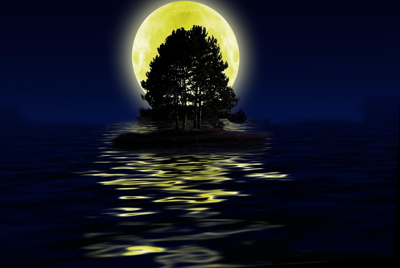 луна над водой картинка самый