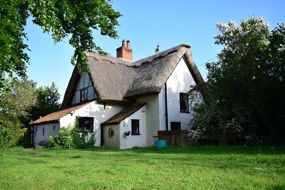 Cottage Thatched House Roof English England