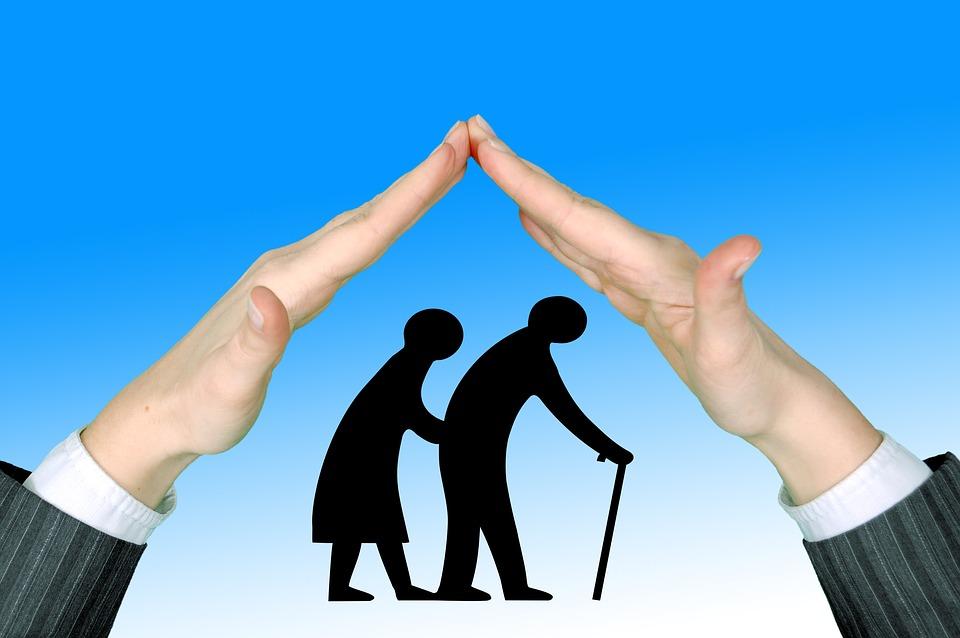 高齢者, 高齢者のケア, 保護, 手, 維持, 責任, 退職後の家, 老人ホーム, ポリシー, 社会, ヘルプ