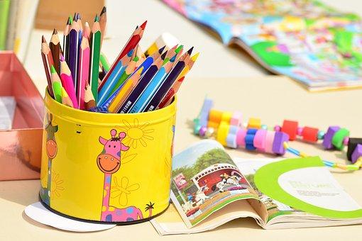 色鉛筆, ペン ボックス, ペイント, 幼稚園, クレヨン, 異なる色のクレヨン