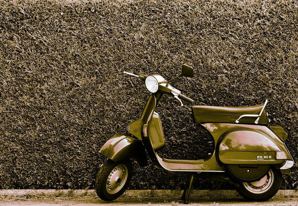 free photo vespa roller motor scooter cult free image on pixabay 1508672. Black Bedroom Furniture Sets. Home Design Ideas
