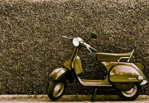 Vespa, Roller, Motor Scooter, Cult