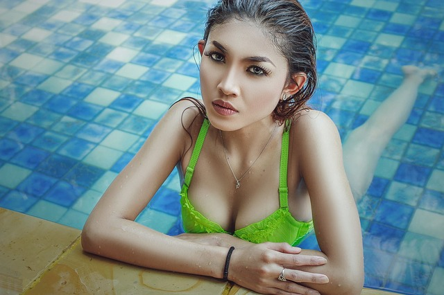 Thai sexy babes dancing live - 5 1