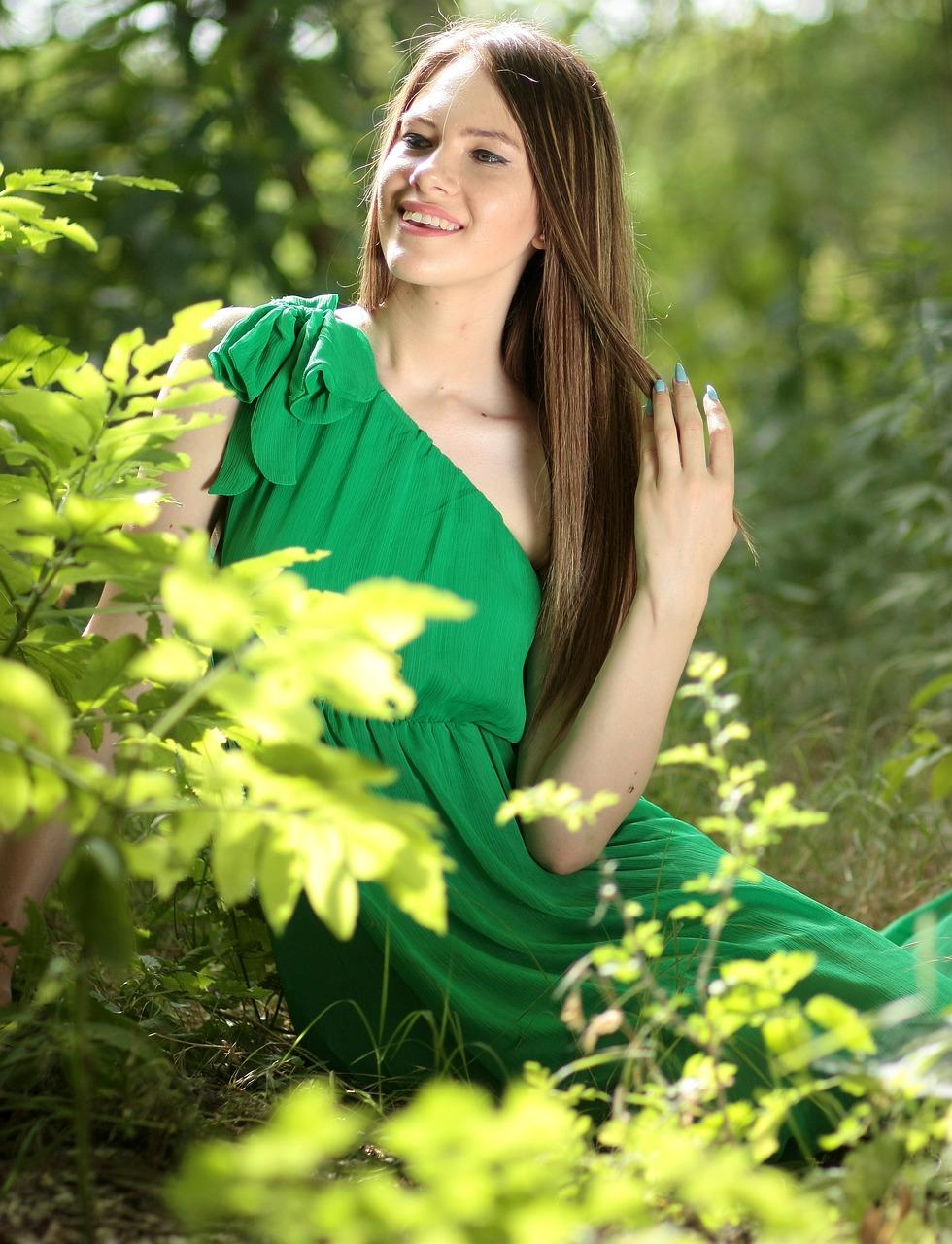 Зелёная Девица Получает В Почанский