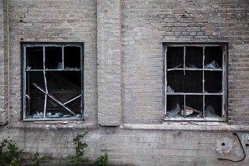 壊れた窓, 破壊, 工場, 放棄された, 窓, 壊れた, 建物, 古い, 家