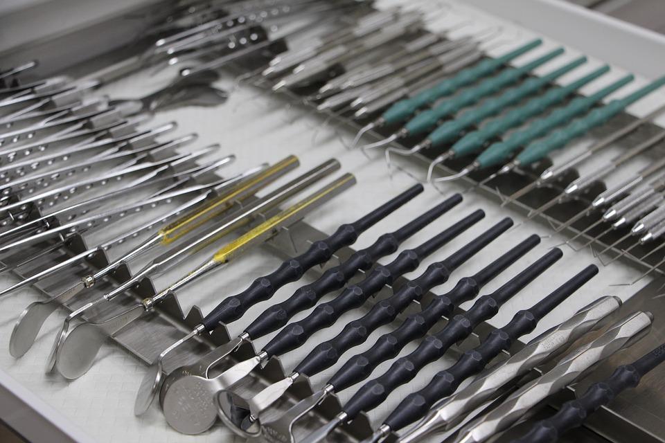 stomatologia przyrządy