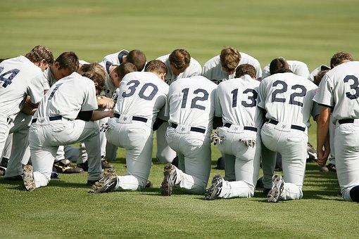 Time De Baseball, Oração, Ajoelhado