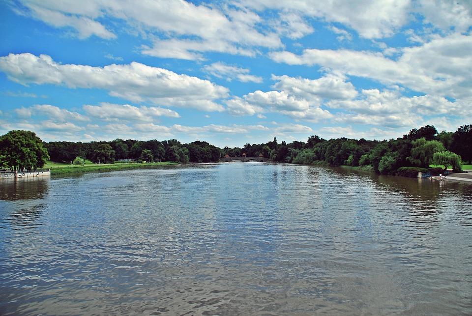Fluss In Leipzig leipzig brücke wasser kostenloses foto auf pixabay