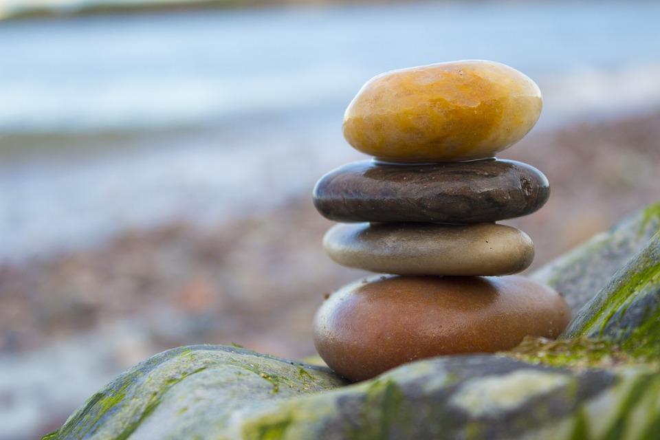 equilibrio rocas playa zen piedra naturaleza - Piedras Zen
