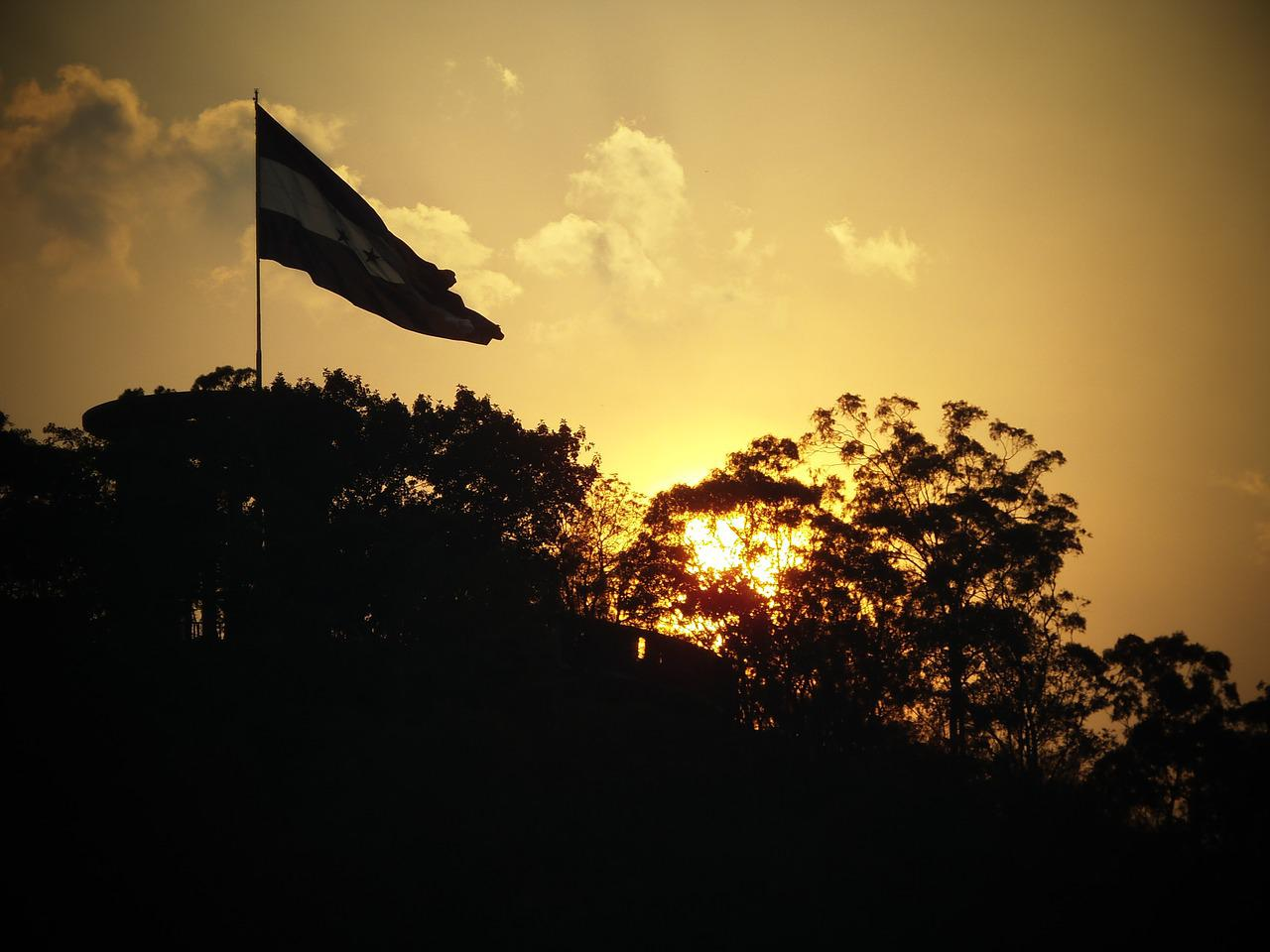 Флаг гондураса фото