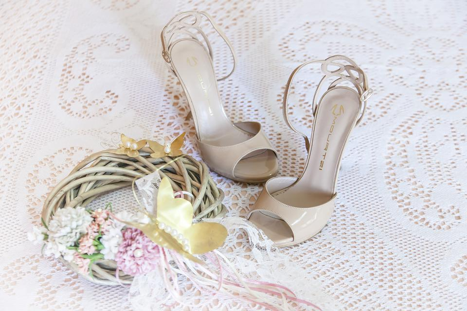 2bcaa22a99d033 Woman Sandals Wedding Dresses - Free photo on Pixabay