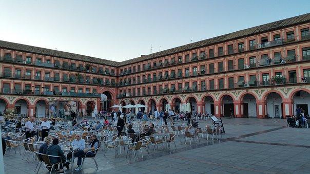 Qué ver qué hacer en Córdoba, Vista de la Plaza de la Corredera Córdoba