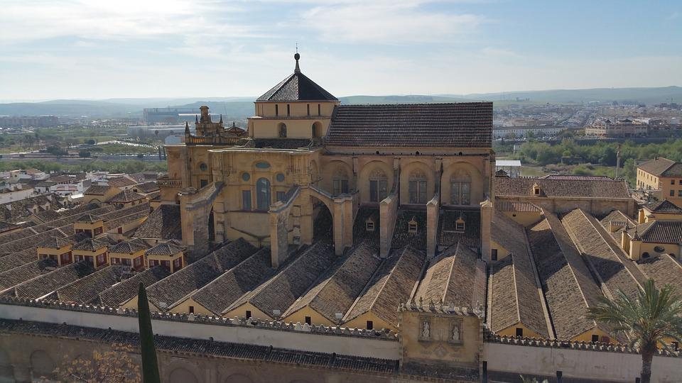 the great mosque of Cordoba, attractions in Spain