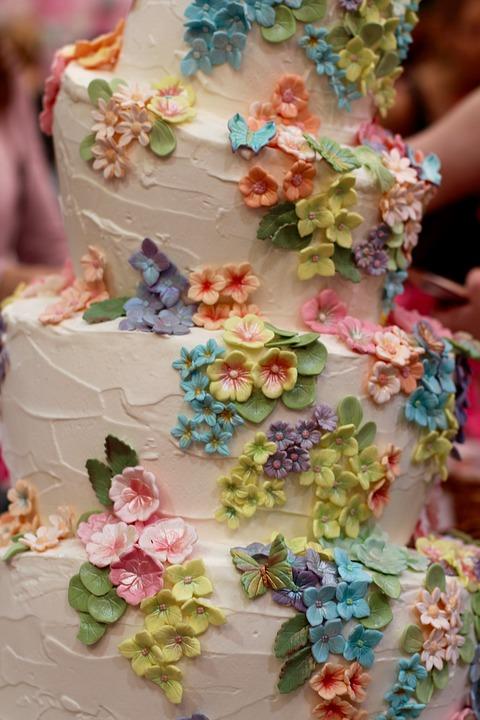 Hochzeitstorte Blumen Dekoration Kostenloses Foto Auf Pixabay