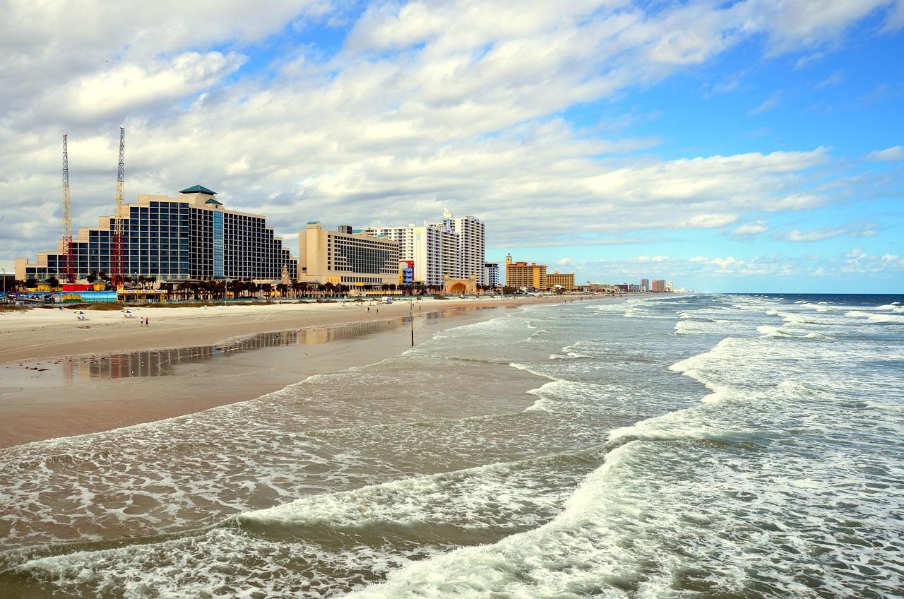 Beach photo daytona beach Daytona Beach Dream Cruise, car and truck show, 4th