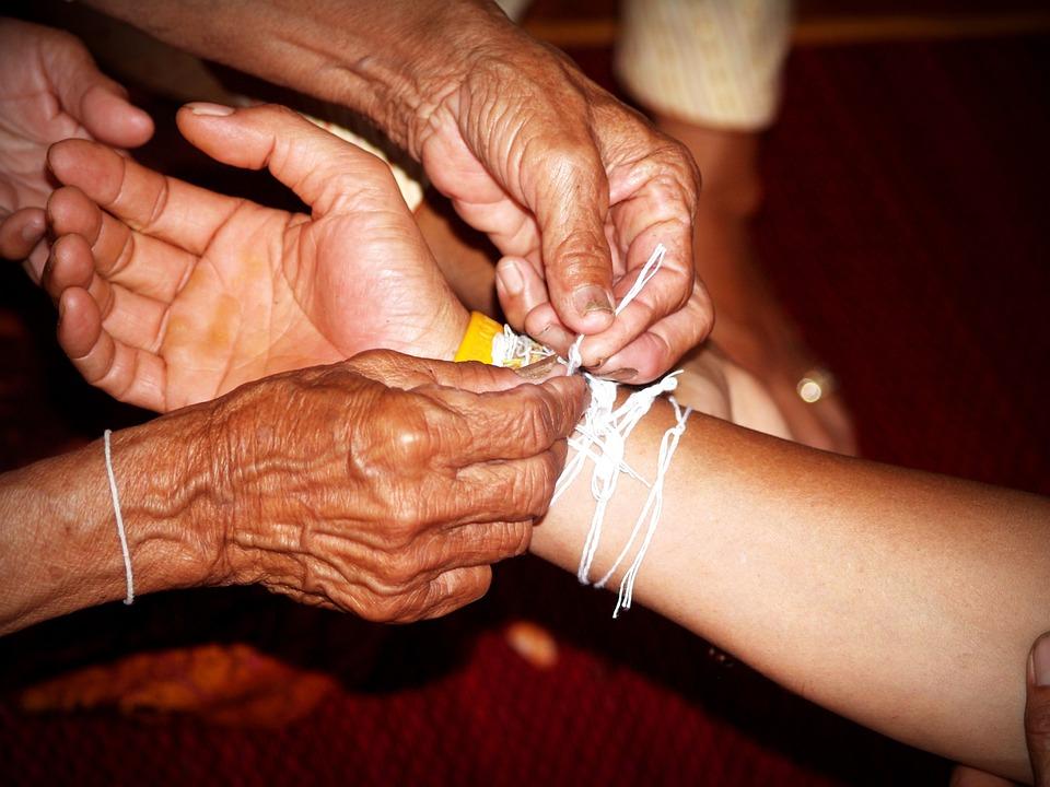 Hand, Houd, Zorg, Helpen, Ouderen, Oude, Senior, Jaar