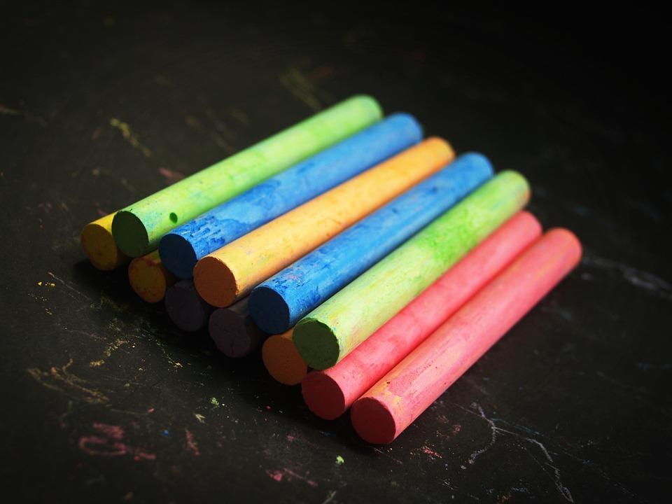 チョーク, 色, 赤, 先生, 黄色, 行, 葉, 黒板, オレンジ, 描画, ペイント, タイプ, ピンク