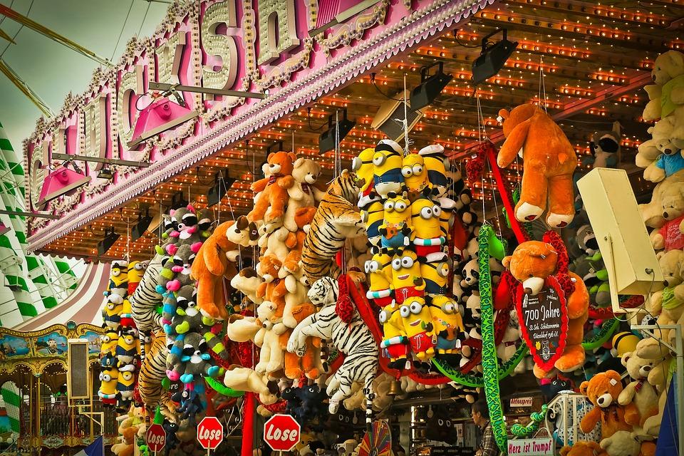公正, 年間の市場, 民俗祭り, カラフル, ライト, 見本市会場, 楽しい, 喜び, 子供, ゆるい, 数字