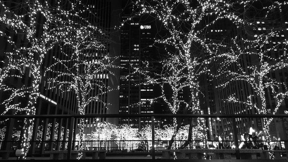 8 best places to spend christmas in nyc - Christmas In Black And White