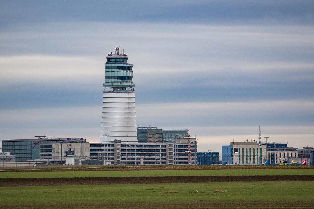 Del aeropuerto de Viena a la estación de Viena HBF: