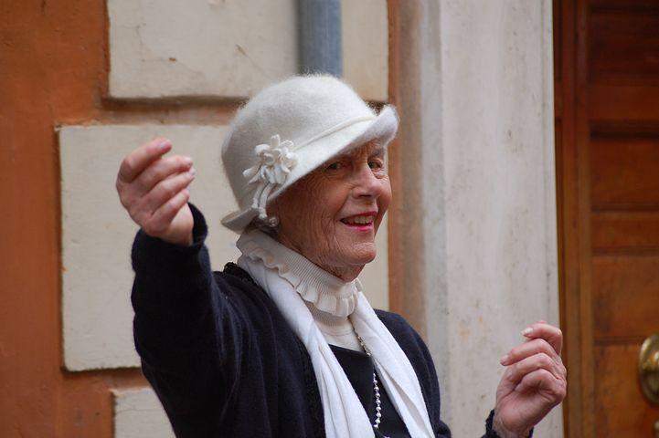 idős asszony keresés táncoktatás egyetlen berlin