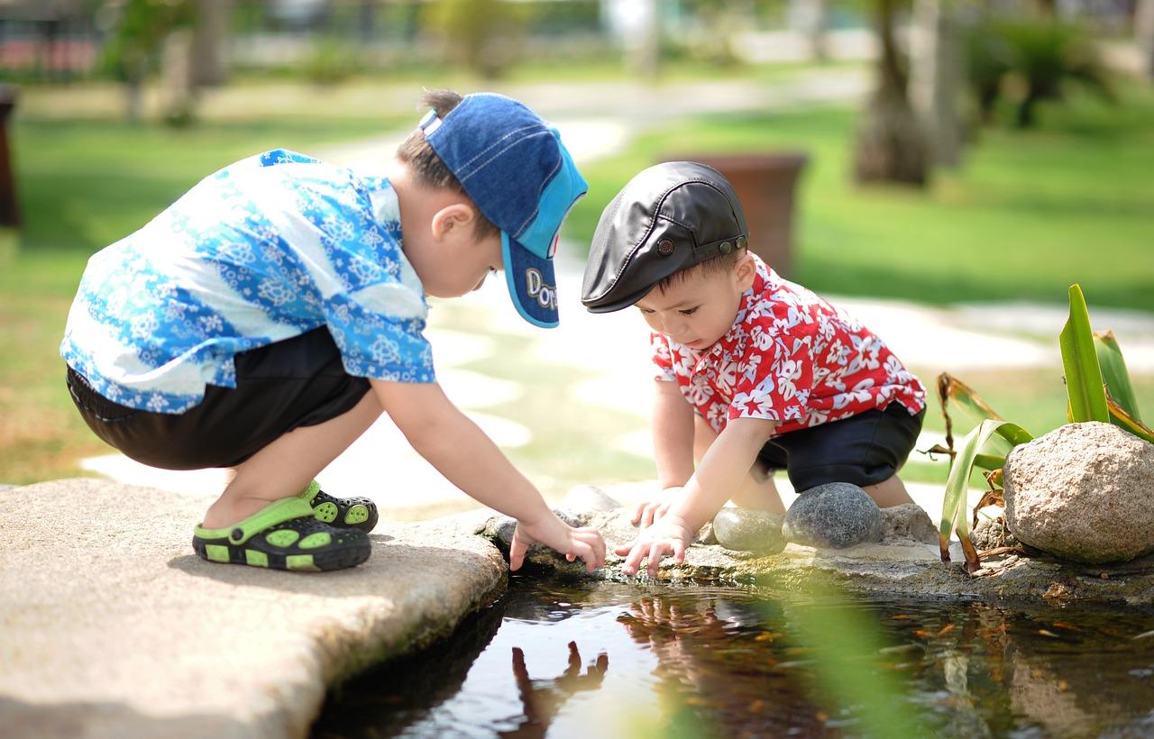 人, 子供, 子, 幸せ, 演奏子供たち, かわいい, 幸福, 遊んでいる子供たち, 若いです, 子ども, 水