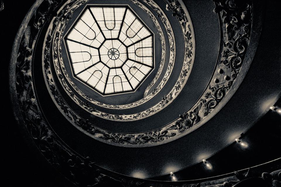 rotar escaleras espiral