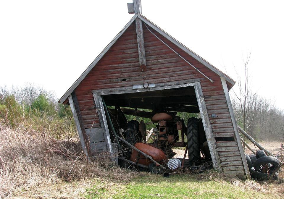 Kostenloses foto garage bauernhof traktor