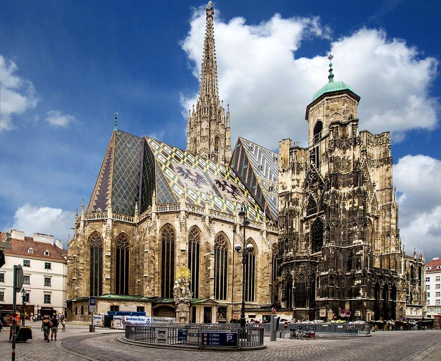 Risultati immagini per Duomo di Santo Stefano a Vienna