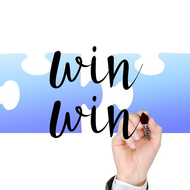 勝者, 成功, 手, 書きます, マーカー, 戦略, 二重の勝利, 利益のバランス, お互いに, 利益, 両方