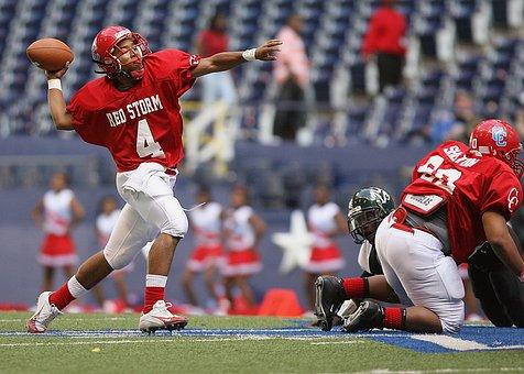 Football, Quarterback, Passing, Action