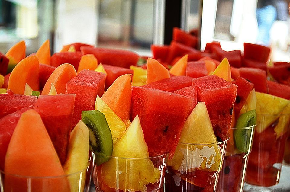 Free photo on pixabay - Fruta en la oficina ...