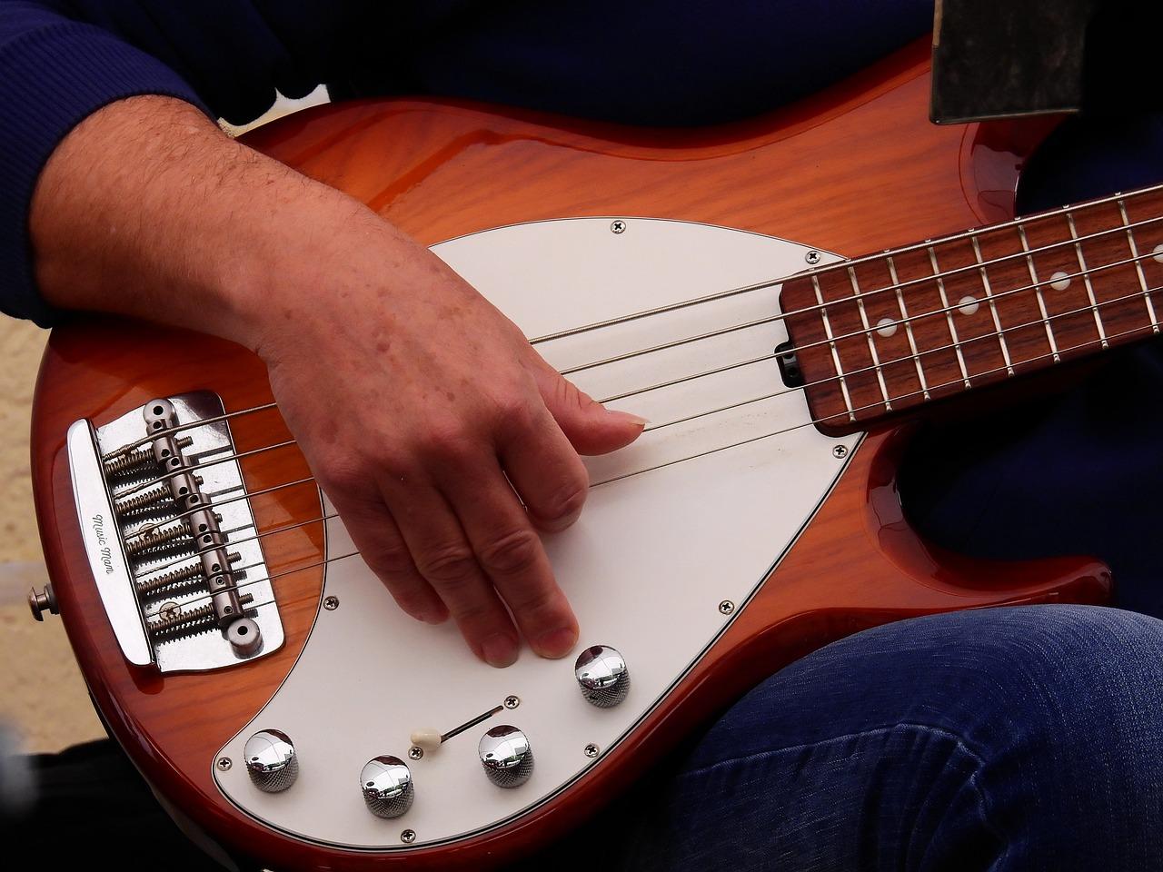 Картинки о любви меня музыкой гитары после