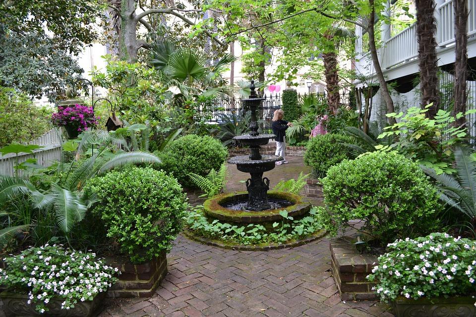 Savannah Georgia Garden Historic District Tourism