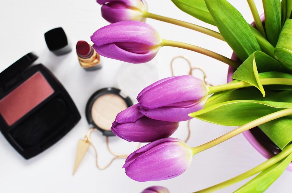 Piękno, Kosmetyki, Kwiaty, Makijaż, Skincare, Blask
