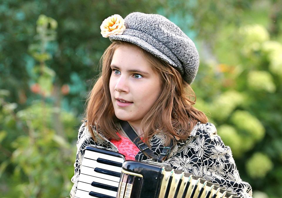 Garmon, Musicista, Folclore, Talento, Cantante
