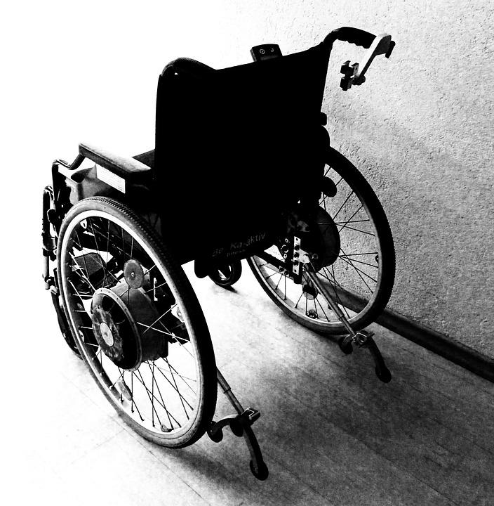 Personnes En Chaise Roulante Handicap Accident
