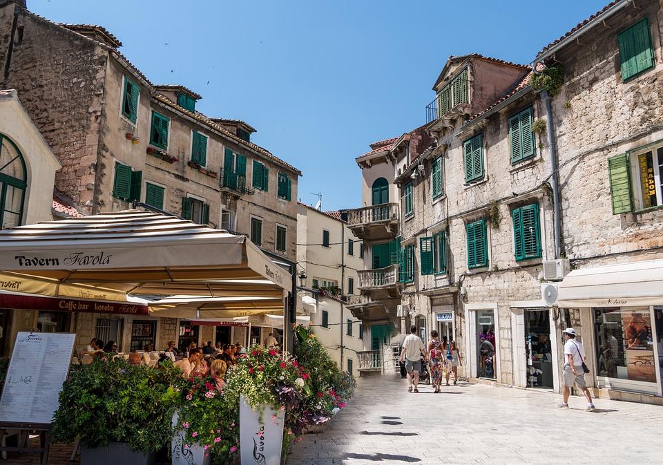 Split, Croatie Hrvatska, Ciel, Bleu, Le Tourisme - Twelve Magazine