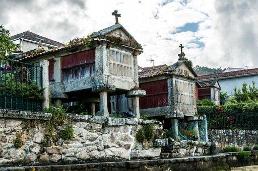 Vista Horreo Combarro Pontevedra, Galicia