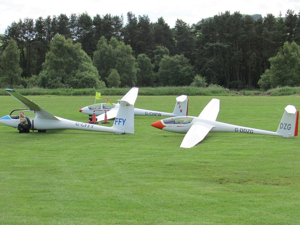 glider sailplane gliding free photo on pixabay