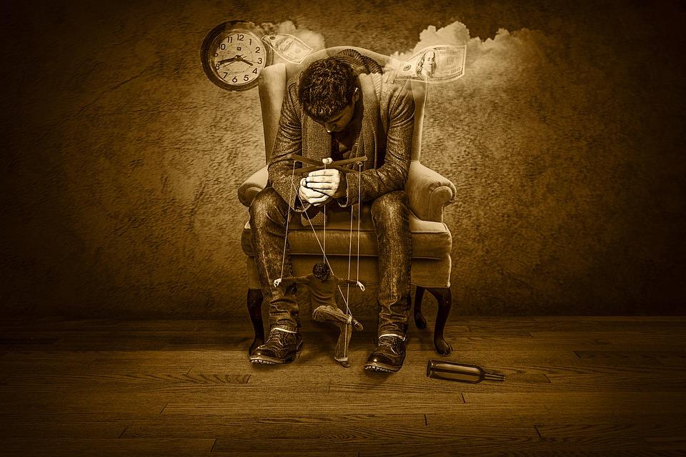 Czas, Pieniądze, Marionetka, Czas To Pieniądz