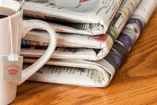 新聞, マスコミ, 印刷メディア, ティータイム, お茶の時間, 毎日のニュース, パブリケーション, 日刊紙