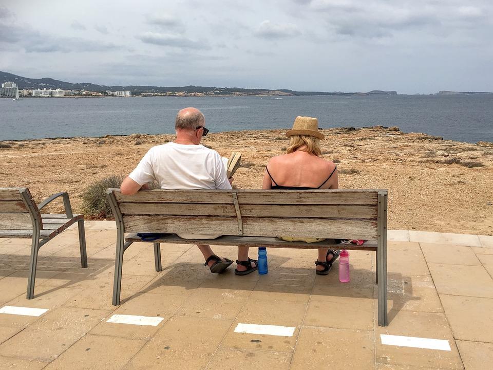 Holiday, Ibiza, España, Las Personas Mayores, Banco